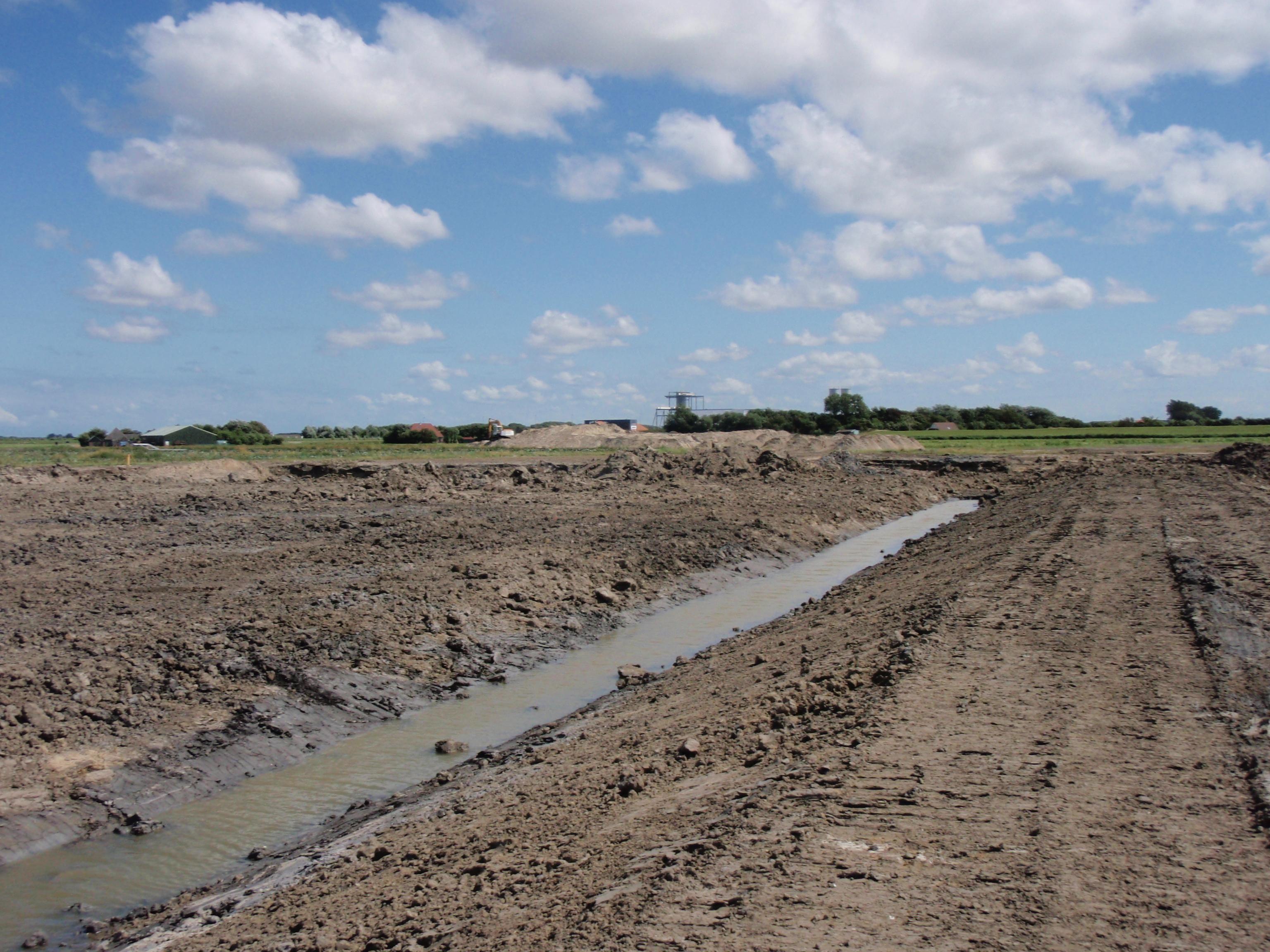 In uitvoering aanleg waterberging locatie fam. Zwaan